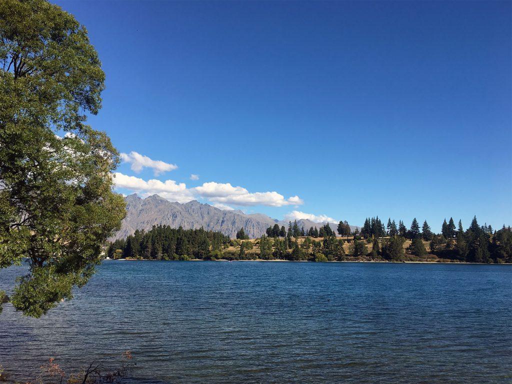 De mooiste plekken in Nieuw-Zeeland: the Remarkables en Lake Wakatipu in Queenstown, Nieuw-Zeeland